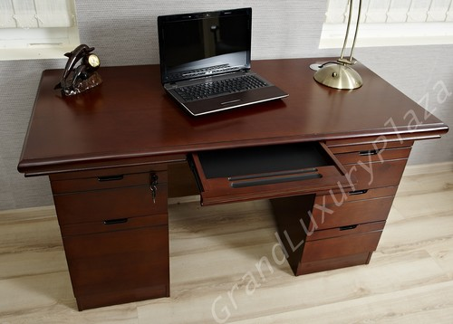 Sekräterinnen scrivania