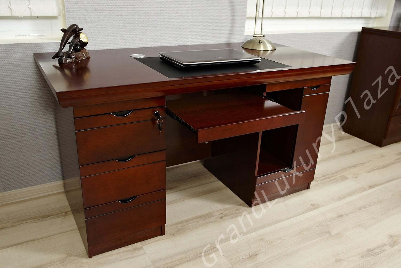 Su scrivania porta pc computer tavolo ufficio con ripiano for Scrivania piccola