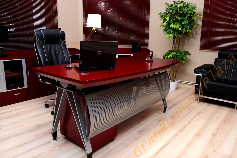 Scrivania Ufficio Avvocato : Scrivanie per ufficio ufficio scrivania porta social