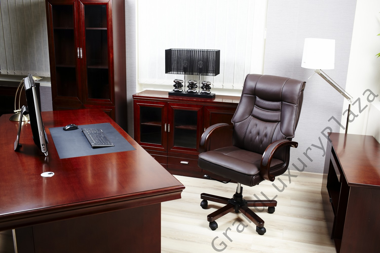 Poltrona sedia presidenziale direzionale pelle ufficio for Mobili studio legale