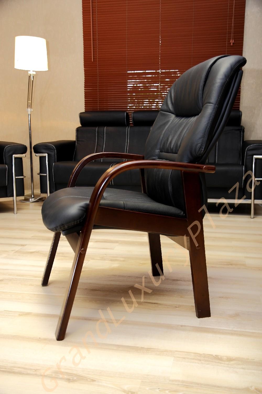 Poltrona sedia presidenziale direzionale pelle ufficio studio conferenza casa girevole for Poltroncine in pelle